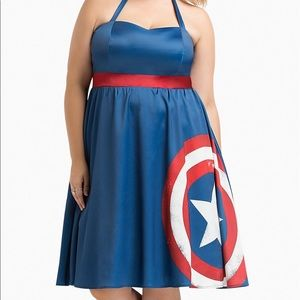 MARVEL BYHER UNIVERSE CAPTAIN AMERICA HALTER DRESS